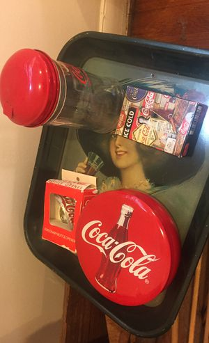 Coca Cola — pick up River Oaks only — memorabilia for Sale in Houston, TX