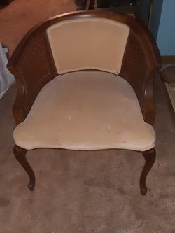 Vintage Chair for Sale in Woodbury Heights,  NJ
