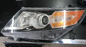2014 - 2017 Honda Odyssey LH Xenon Headlight for Sale in Grand Prairie, TX