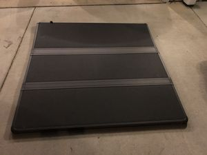 Ford F-150 fiberglass short bed cover for Sale in Millersville, MD