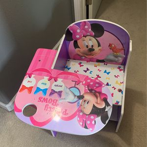 Minnie Mouse Chair for Sale in Fresno, CA