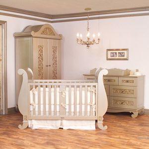 Bratt Decor Antique Silver Gold 4pc Nursery Set for Sale in Sugar Hill, GA