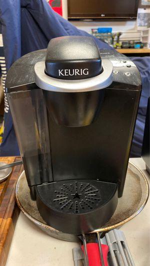 Keurig coffee maker for Sale in Costa Mesa, CA