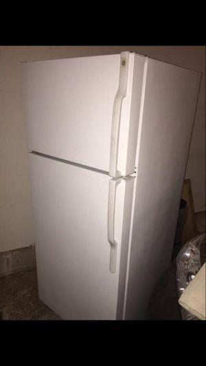 GE refrigerator for Sale in Ashburn, VA