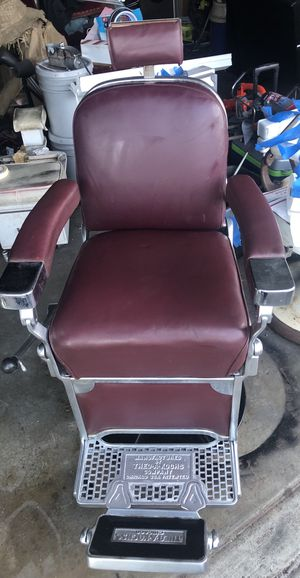 Theo Koch barber chair for Sale in Walnut Creek, CA