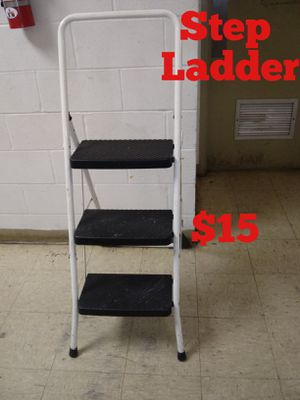 Step Ladder for Sale in Norfolk, VA