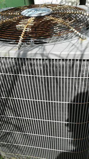 Carrier puron AC unit for Sale in Tarpon Springs, FL