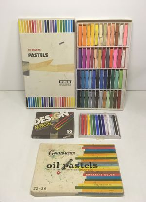 Lot Of 3 Sets Art Soft Chalk Oil Pastels Koss NuDesign Grumbacher Multicolored for Sale in Glendora, CA