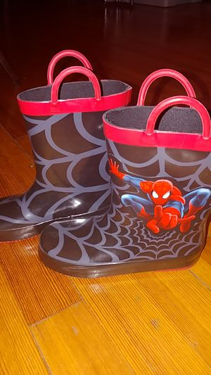 Kids Rain boots size 12 for Sale in South Amboy, NJ