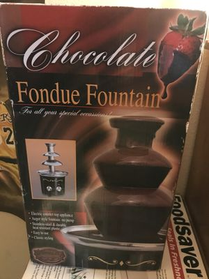 Chocolate Fondue Fountain Stainless Steel Countertop Cheese Ranch Nostalgia Elec for Sale in Whittier, CA
