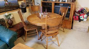 Oak table & chairs for Sale in Pretty Prairie, KS