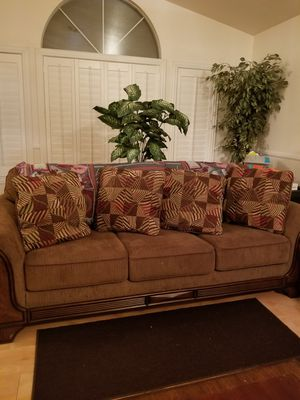 Set of sofa with end table for Sale in Las Vegas, NV
