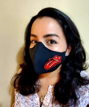 Protect your health with this double layer and double filter mask. for Sale in North Miami Beach, FL