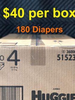 Huggies Snug And Dry Size 4 Jumbo Box for Sale in Lakewood,  CA