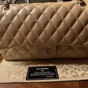 Chanel Flap Bag for Sale in Grand Rapids, MI