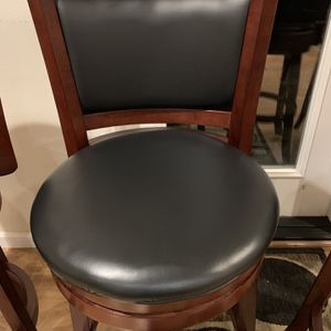 2 Bar Stools Left for Sale in Tacoma, WA