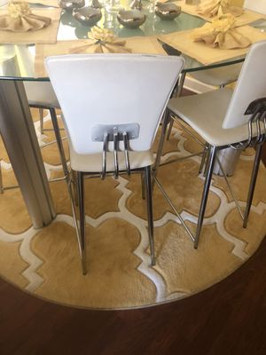 Glass triangle six chairs Crome table for Sale in Oak Lawn, IL