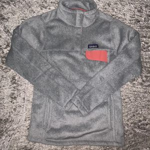 NEW Patagonia Gray ReTool Snap T Pull Over Sweater Fleece Top Womens XS for Sale in Chicago, IL
