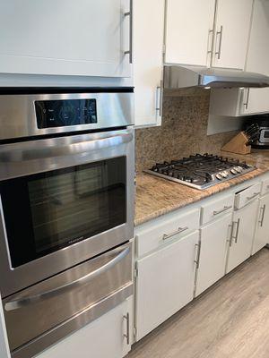 Wall oven, gas range, hood for Sale in Laguna Niguel, CA