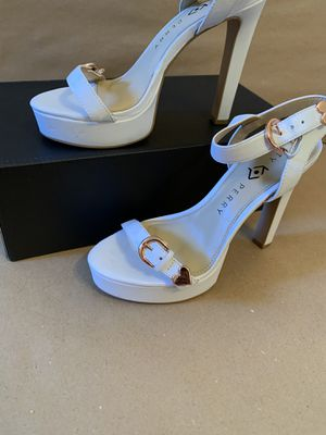 Brand new white size 6 elegant design heel by Kate Perry for Sale in Morristown, NJ