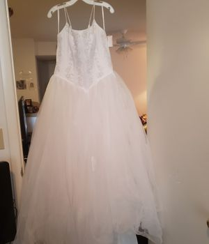 Wedding dress NWT for Sale in Galloway, OH