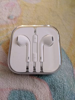Apple White Jack Headphones New for Sale in E RNCHO DMNGZ, CA