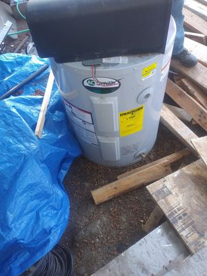 Smith water heater for Sale in Vancouver, WA