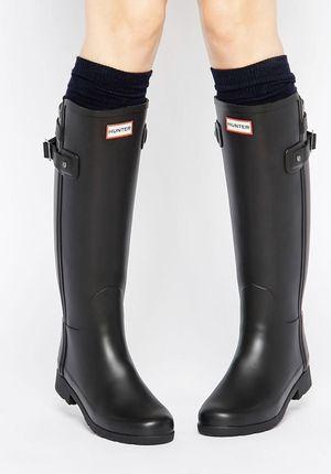 Hunter Original Refined Slim Fit Back Strap Rain Boots Size 7 for Sale in Whittier, CA
