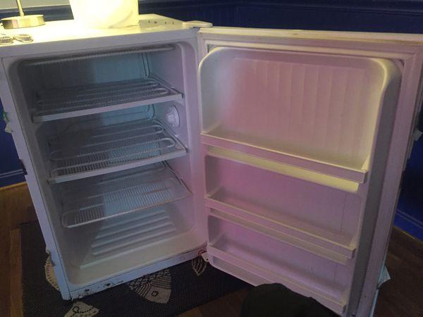 Mini deep freezer