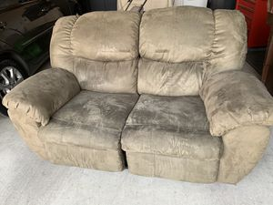 Love Seat Olive Green for Sale in Highland, CA