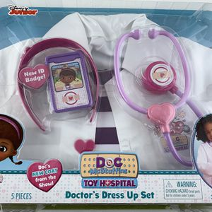 Disney Doc McStuffins Doctor's Dress Up Set Costume New 5 Pieces Size 4-6X New for Sale in Philadelphia, PA