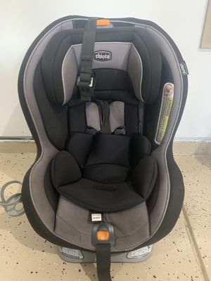 Chicco Nextfit Convertible Car Seat for Sale in Durham, NC