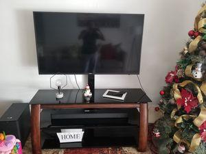 Mesa para tv for Sale in Miami, FL