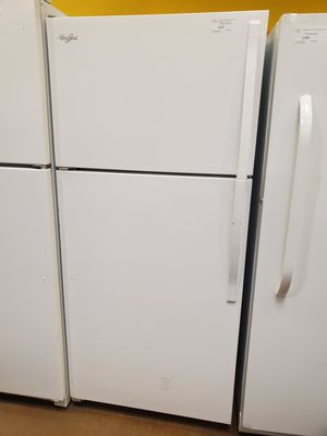 Whirlpool Top Freezer Refrigerator for Sale in Glendale, CA