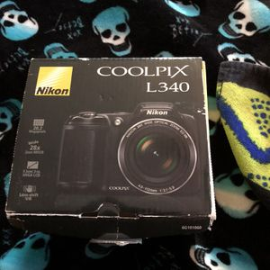 Used Twice) Nikon Coolpix L340 Camra for Sale in Commerce City, CO