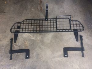 Pet barrier/compartment separator for Subaru Outback for Sale in Bothell, WA