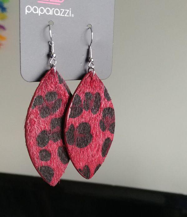 Fuzzy leopard earrings