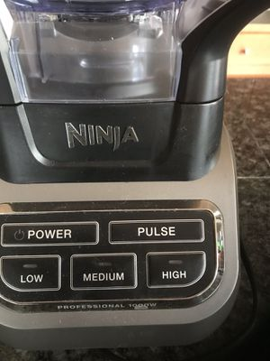 Ninja blender professional 1000w for Sale in Kent, WA