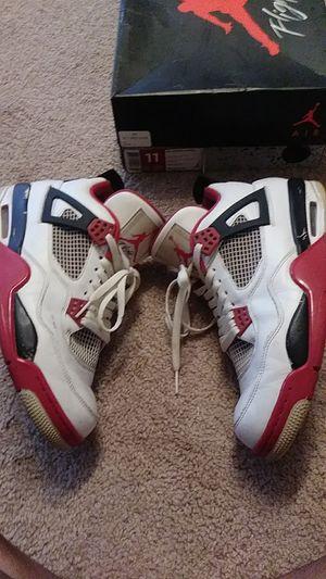 Jordan Retro 4 (size 11) for Sale in Scottdale, GA