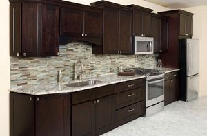 Wood kitchen cabinets. for Sale in Fort Lauderdale, FL
