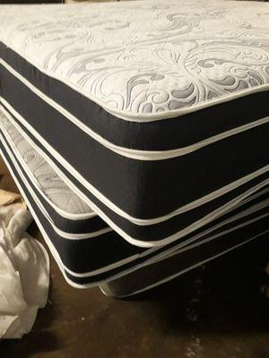 King euro pillowtop mattress set for Sale in Atlanta, GA