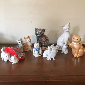 Glass Cat Figurine Collection 😻 for Sale in Vancouver, WA