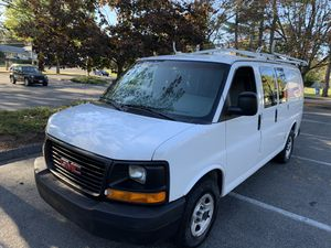2004 GMC Savana 1500 5.3V8 Automatic Cargo van for Sale in Trumbull, CT