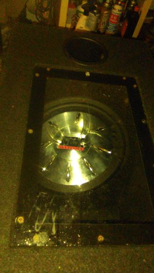 MTX. audio speaker 12 inch plexy speaker box sounds really good for Sale in Chula Vista, CA