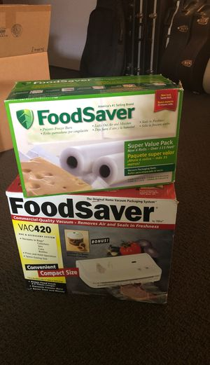 Food saver VAC420 with extra roller pack for Sale in SeaTac, WA