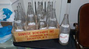 VTG. SUNRISE BEVERAGES WOODEN CRATE W/BOTTLES for Sale in Norfolk, VA