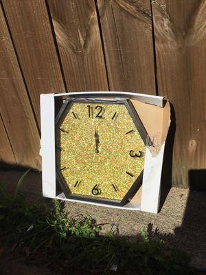 Glitter clock for Sale in Carrollton, TX