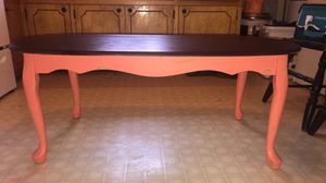 Coffee table for Sale in Columbia, TN