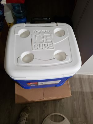 IGLOO COOLER for Sale in Westerville, OH