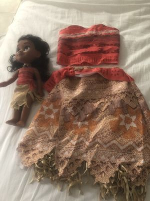 Moana toy and costumes Moana for Sale in Deerfield Beach, FL